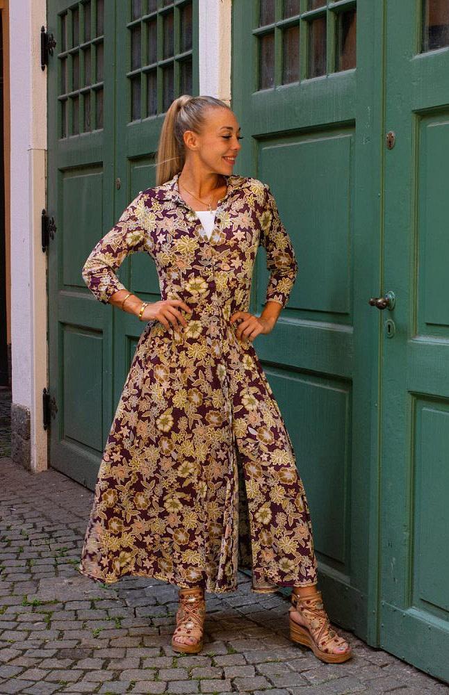 Stockholms Klänningsfabrik kläder säljs hos Slottsbutiken